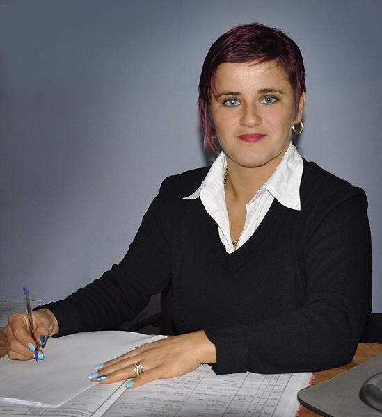 Barb Camelia Cosmina - secretarul comunei